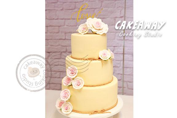 玫瑰花結婚蛋糕(香檳底色)