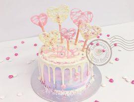 Valentine cake w-02-01