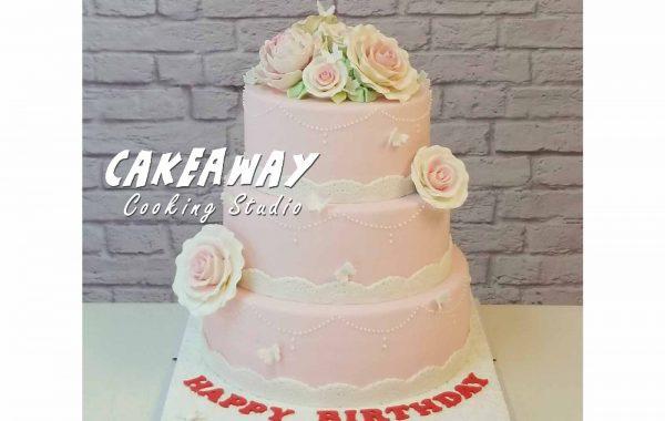 三層結婚蛋糕 (玫瑰及牡丹)