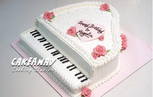 白色鋼琴蛋糕