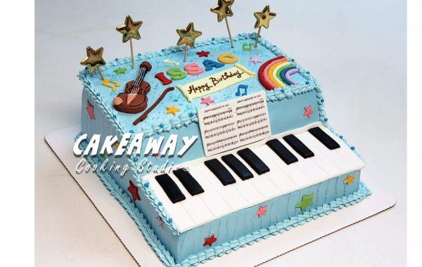 繽紛鋼琴蛋糕